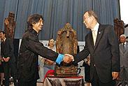吴为山雕塑联合国展