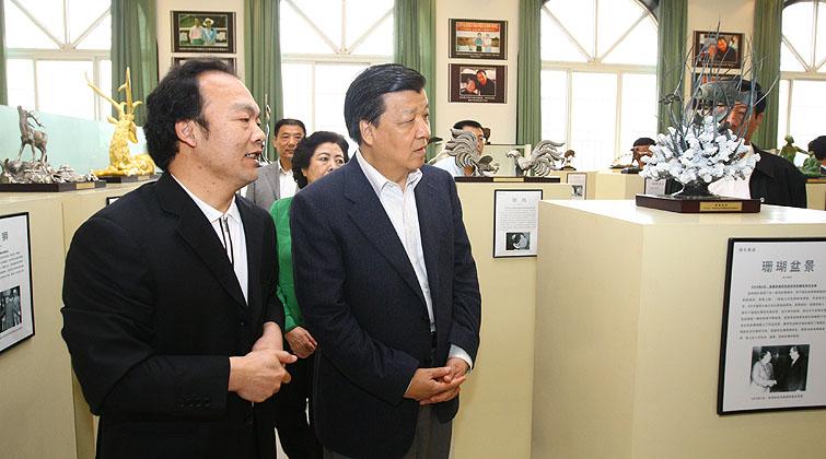 刘云山同志